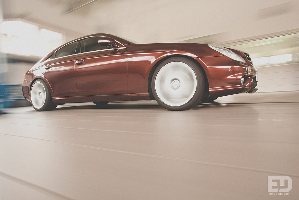 Mercedes Benz Rolling Shot