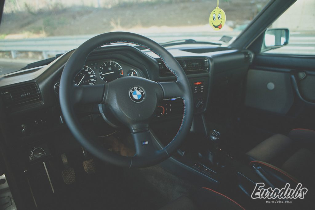 BMW E30 -M Tech 2, 327i interior