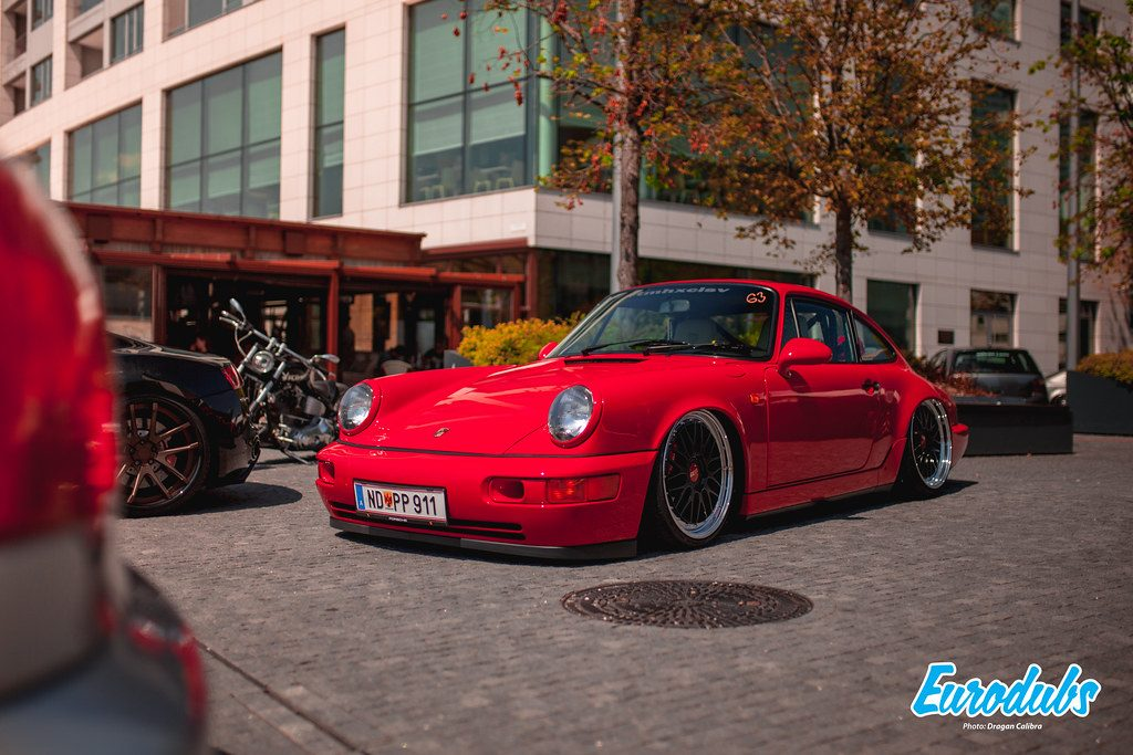 Stanced Porsche 911 / 964 on BBS LM