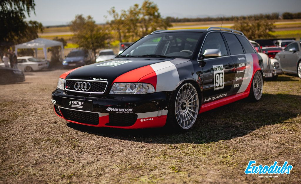 Audi RS4 wrapped