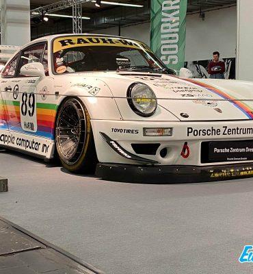 Porsche RWB Apple Computers